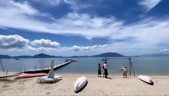 Tăng Thanh Hà và em chồng Tiên Nguyễn chứng minh độ 'hợp cạ' khi thay nhau làm phó nháy lúc đi du lịch