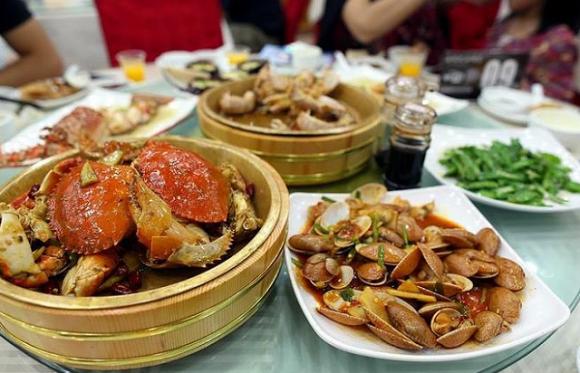 lưu ý khi đến quán ăn, cách gọi món đúng cách, các món nên ăn khi đến quán ăn