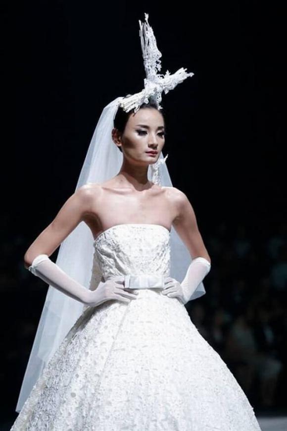 người mẫu Lê Thuý, sao Việt