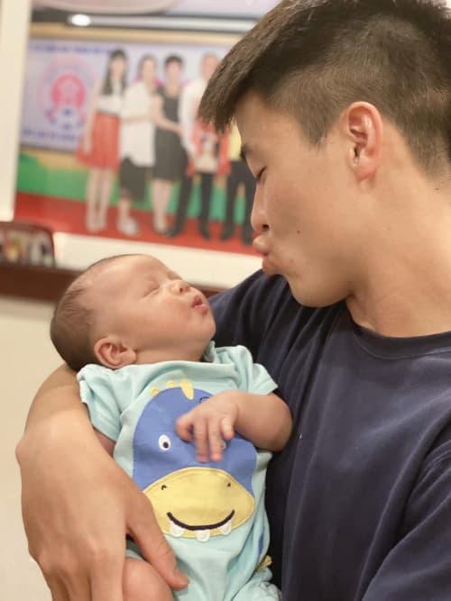 Duy Mạnh, Quỳnh Anh, đầy tháng con Duy Mạnh