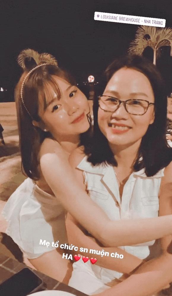 bạn gái Quang Hải, Huỳnh Anh, mẹ Huỳnh Anh