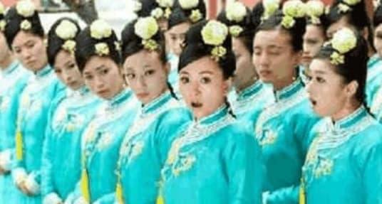 hoàng đến, phụ nữ xưa, phụ nữ đầu tiên của hoàng đế, bảo mẫu, cung nữ