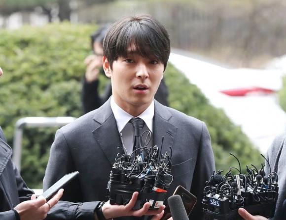 Jung Joon Young, Choi Jong Hoon, sao Hàn