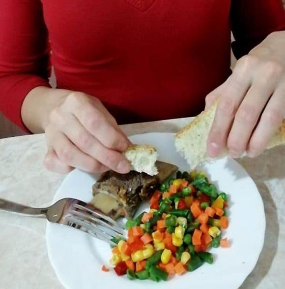 quy tắc bàn ăn, phép lịch sự, kỹ năng sống, bàn ăn