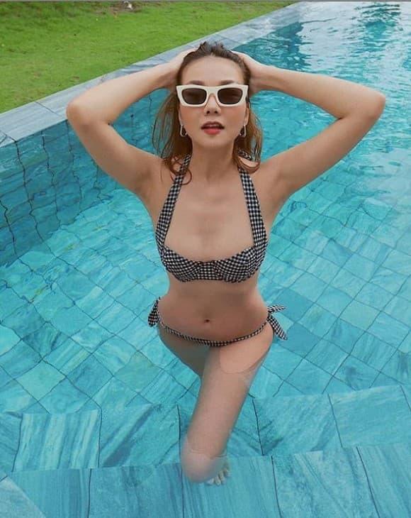 Thanh Hằng, siêu mẫu Thanh Hằng, sao Việt, vòng eo con kiến