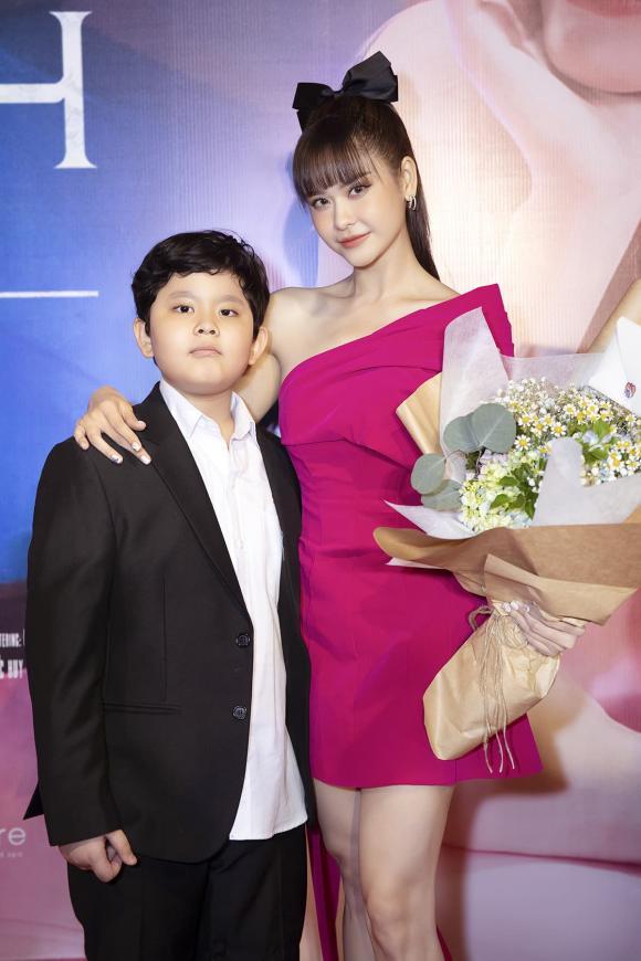 danh hài Trường Giang, ca sĩ Trương Quỳnh Anh, sao Việt