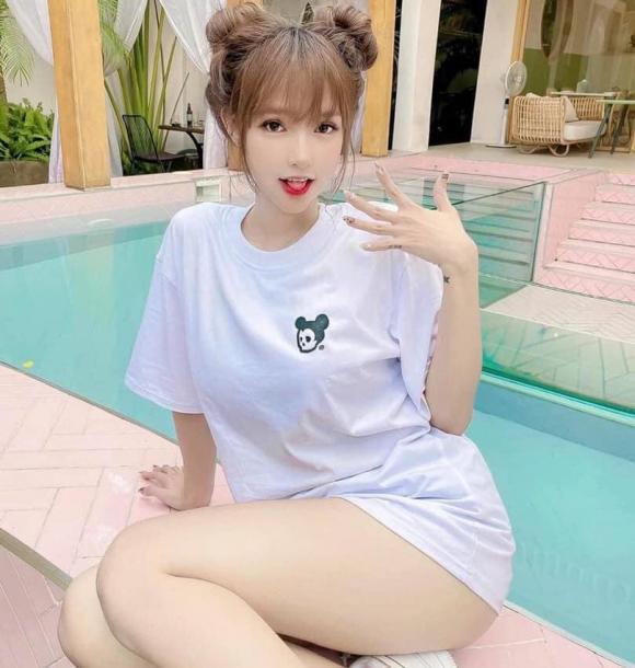 Cực phẩm chuyển giới được mệnh danh 'Lisa phiên bản Việt' khiến dân mạng 'say nắng' vì quá xinh