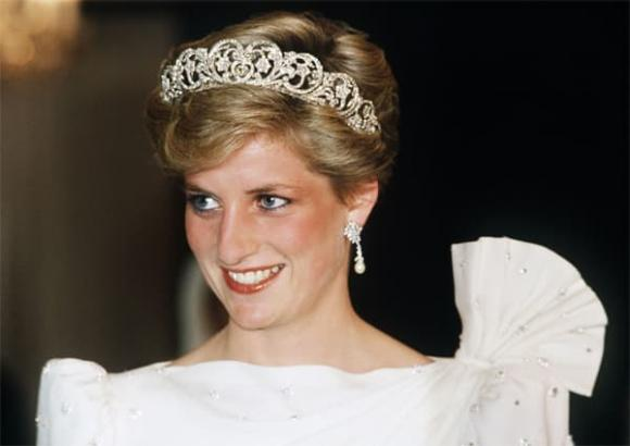 Hoàng tử William, Công nương Diana, Hoàng gia Anh