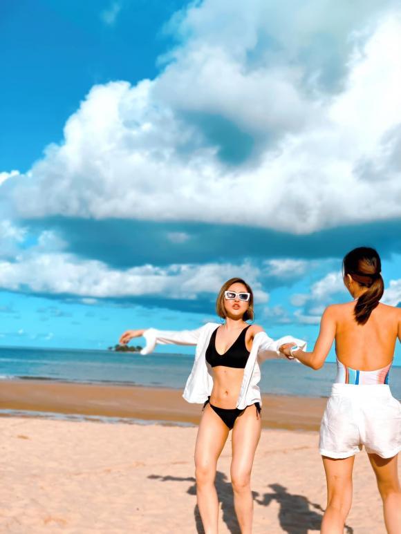 Từng bị chê béo, hot girl Trâm Anh vẫn tự tin diện bikini hai mảnh bốc lửa