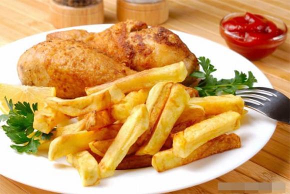 Bệnh ung thư ăn gì? Muốn sống lâu hơn hãy tránh ăn 4 thực phẩm sau