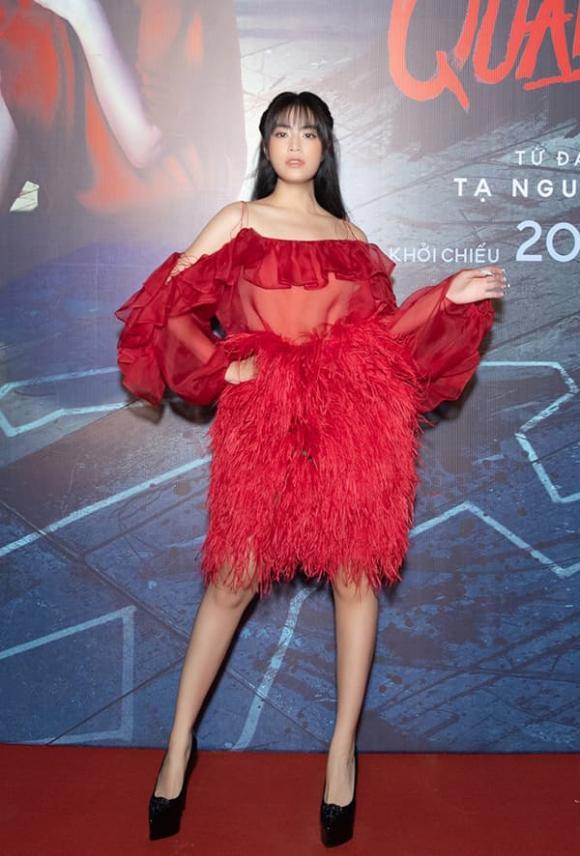 Hoàng Thuỳ Linh khẳng định rất muốn có con, phản pháo tư tưởng làm mẹ đơn thân là 'kỳ quái' của đạo diễn Lê Hoàng