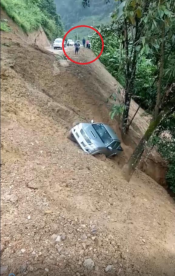 sạt lở, ô tô bán tải, Mộc Châu, Sơn La