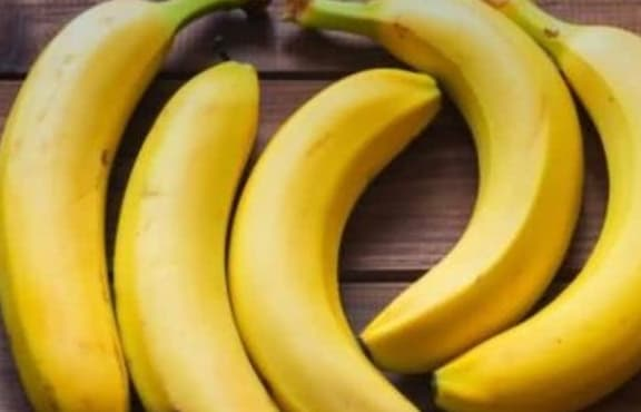 sức khỏe phụ nữ, hoa quả giúp đẹp da, phụ nữ trung niên