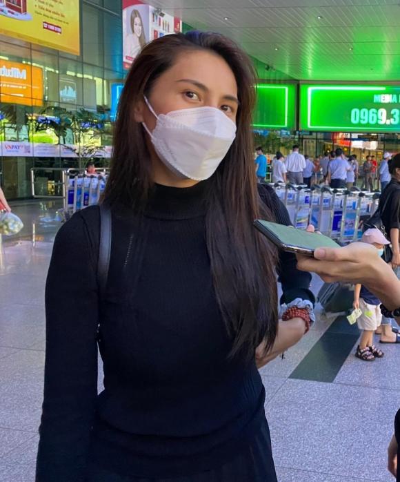 ca sĩ Thuỷ Tiên, sao Việt, cứu trợ miền trung