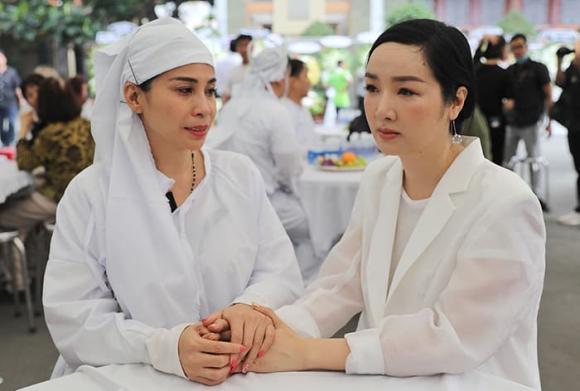 NSND Lý Huỳnh, sao Việt, bố lý hùng