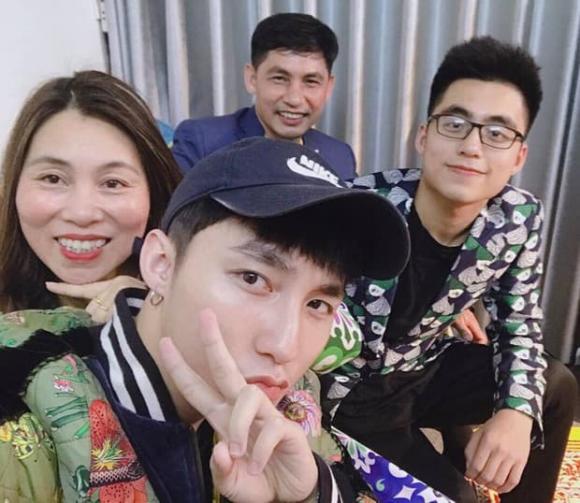 mẹ Sơn Tùng, Sơn Tùng M-TP, gia đình Sơn Tùng