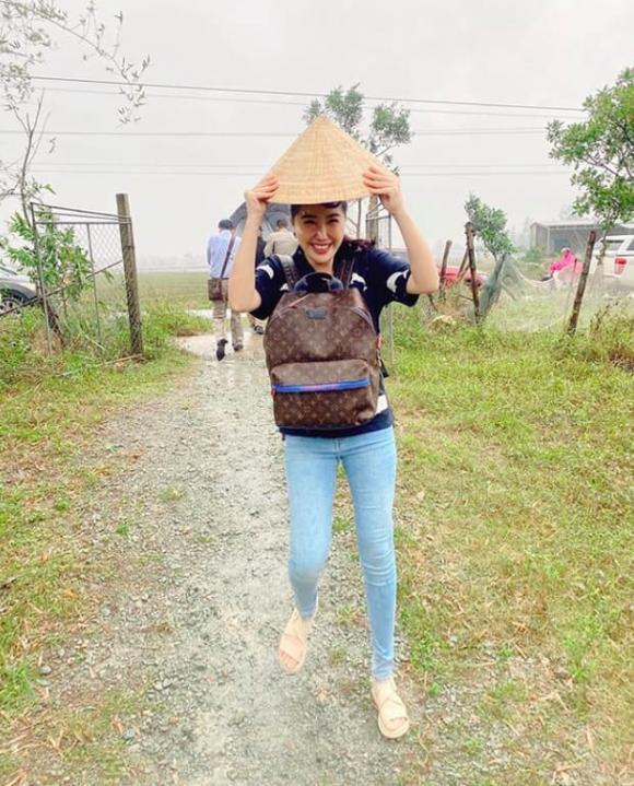 sao Việt, Đông Nhi, Bảo Thy, Thủy Tiên