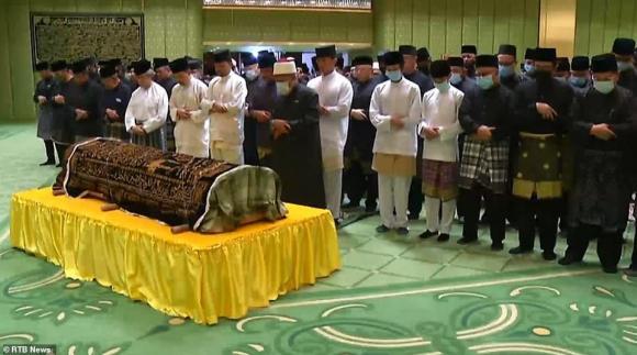 hoàng tử brunei qua đời, cuộc đời hoàng tử brunei, azim brunei