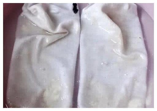 giặt sạch tất, tẩy trắng, mẹo hay