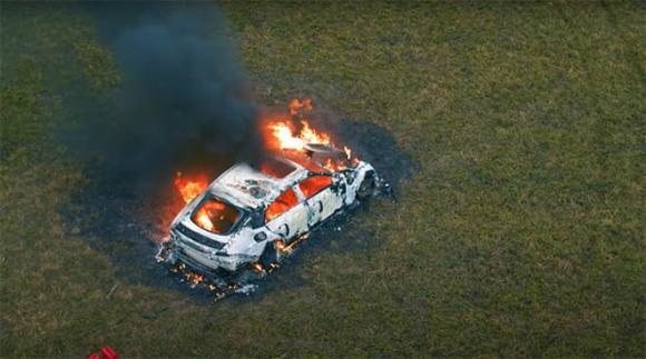 Mercedes-AMG GT 63 S, đốt xe, siêu xe