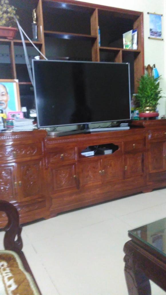 thiết kế nội thất, kệ đặt tivi, giới trẻ