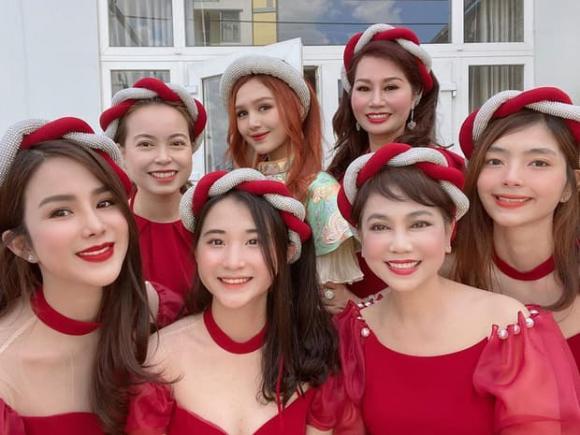 streamer giàu nhất Việt Nam, hot girl Xoài Non, Diệp Lâm Anh