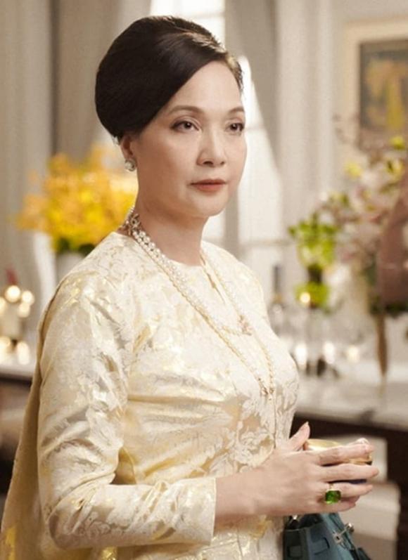 NSND Lê Khanh, sao Việt