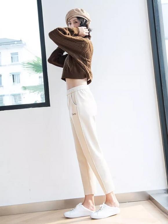 'Quần Sakura' của Nhật Bản năm nay quá phổ biến và nhiều blogger mặc, vừa khéo tôn vóc dáng vừa phù hợp với tất cả mọi người