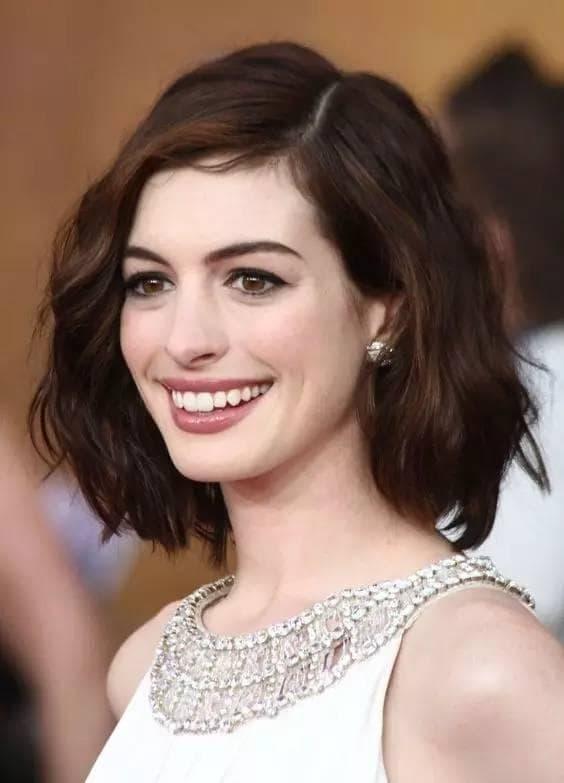 kiểu tóc mới, mốt tóc, phụ nữ 40 để tóc nào đẹp