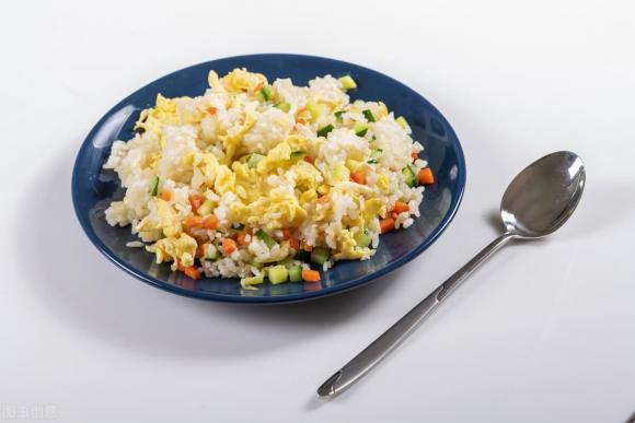 cơm chiên trứng, dạy nấu ăn