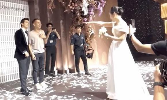 váy chụp ảnh cưới của vợ Công Phượng, vợ Công Phượng, Viên Minh, sao Việt