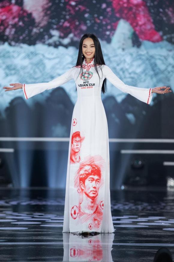 chung kết Hoa hậu Việt Nam 2020, NTK Ngô Nhật Huy, BST áo dài bóng đá