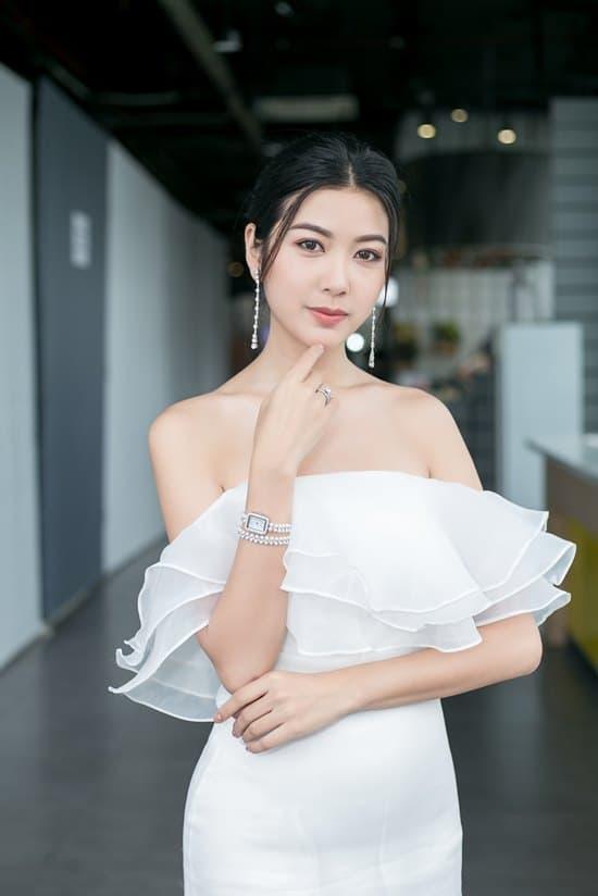 á hậu Tường San, sao Việt, á hậu Trà My, hoa hậu Phan Thu Ngân, á hậu Thuý Vân