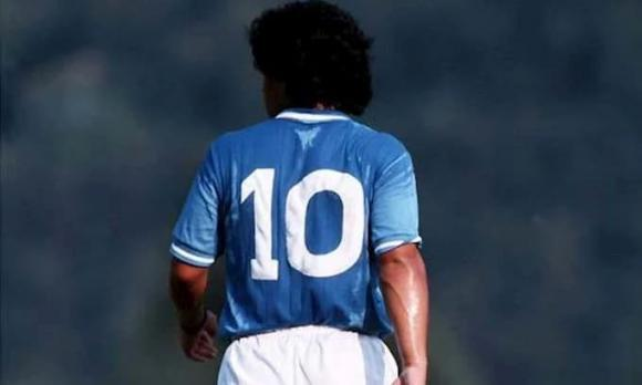 Maradona, Maradona qua đời, sao việt chia buồn Maradona