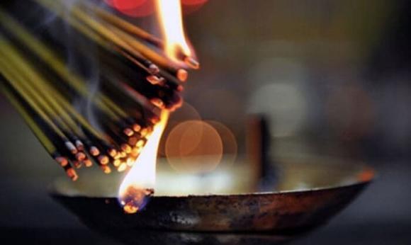 ngày rằm, thắp hương, đời sống tâm linh