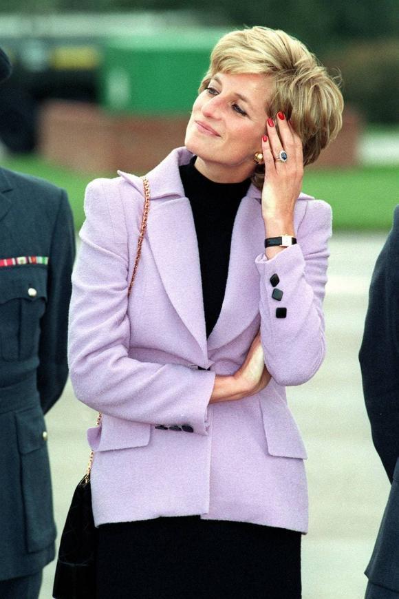 Công nương Diana, Hoang gia anh