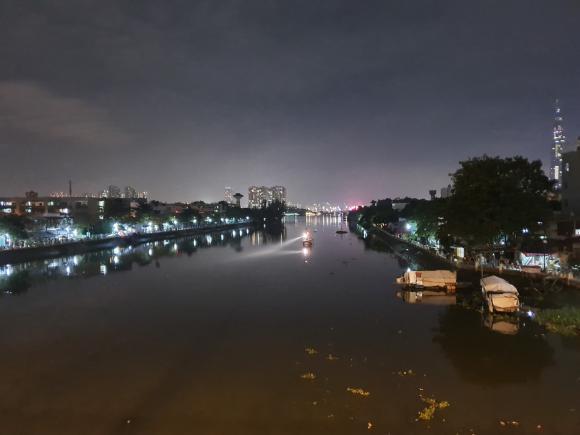 nhảy sông, tự tử, sông Sài Gòn