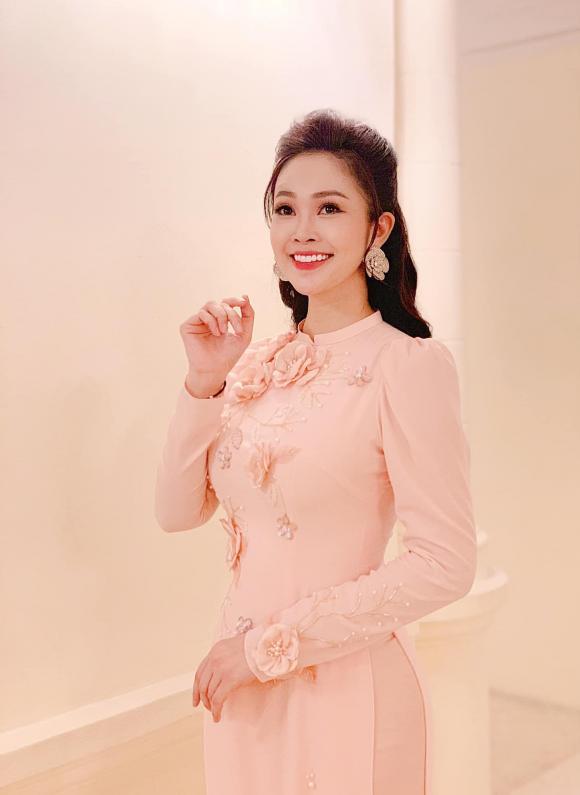 MC Thùy Linh, đám cưới MC Thùy Linh, sao Việt