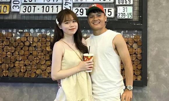 Huỳnh Anh, bạn gái cũ của Quang Hải, Quang Hải,