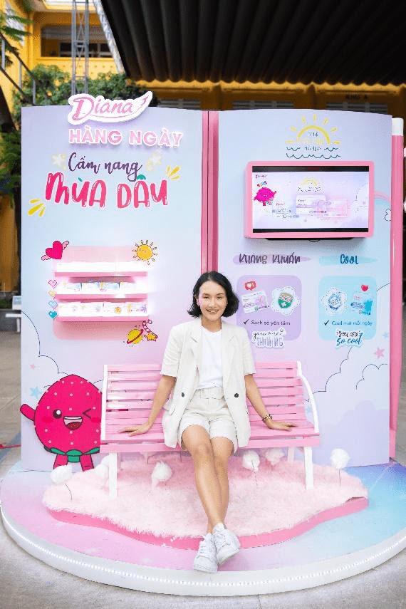 Vlogger Giang ơi, Diana School Tour, Cẩm nang mùa dâu