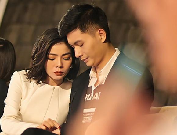 Lệ Quyên, nữ ca sĩ, Lâm Bảo Châu, hẹn hò, bạn trai tin đồn,
