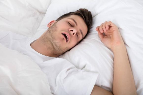 ngủ ngáy, ngáy ngủ, sức khỏe, đột quỵ