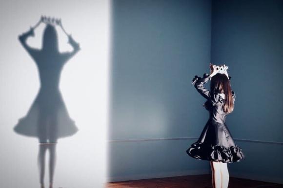 8 sự cố trang phục gây tranh cãi nhất Kpop năm 2020