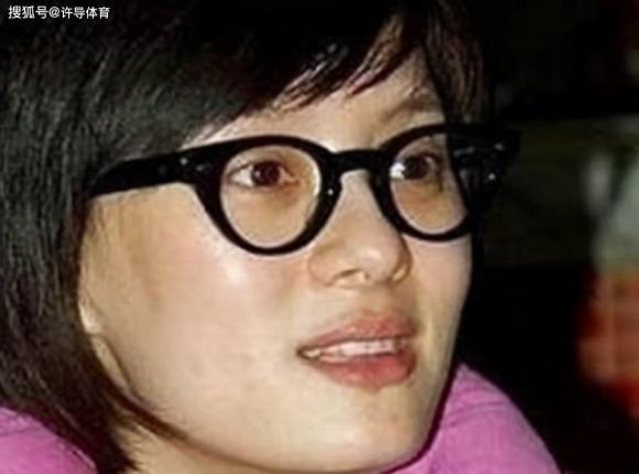 Lưu Gia Linh, Lưu Hiểu Khánh, Tần Lam