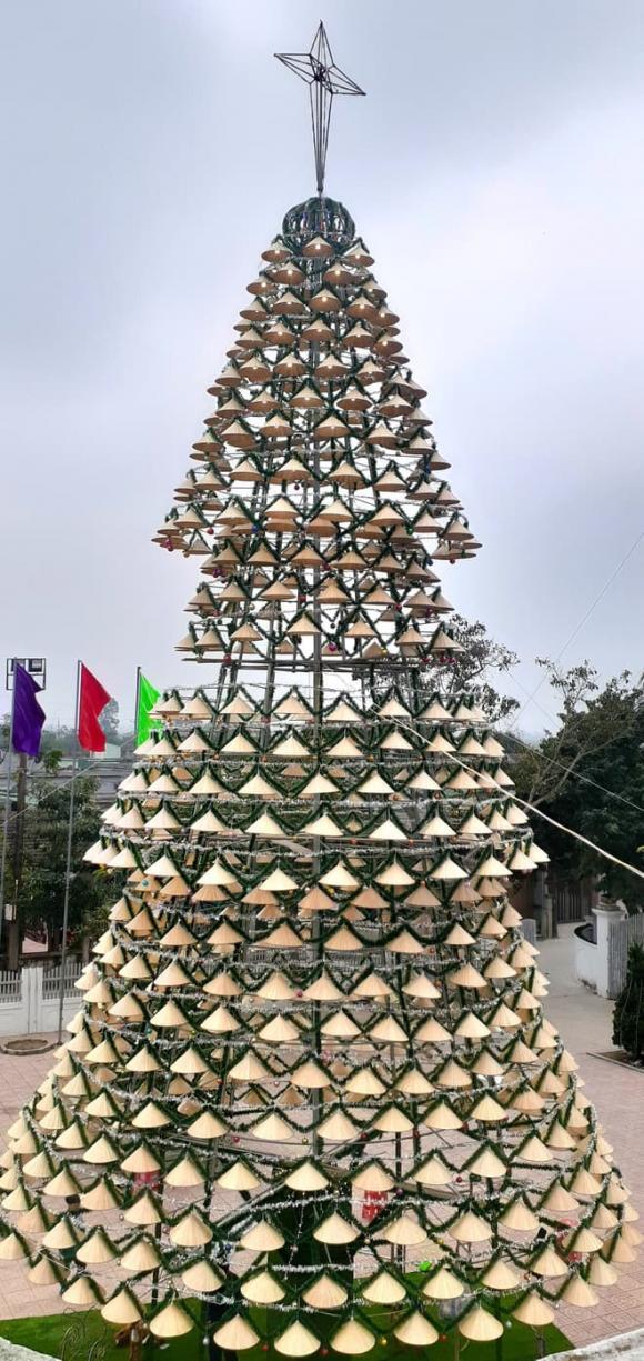 cây thông, Noel, giáo xứ Bố Sơn, Nghệ An, nón lá