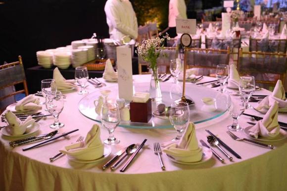 Quý Bình, nam diễn viên, thực đơn, đám cưới, vợ doanh nhân,