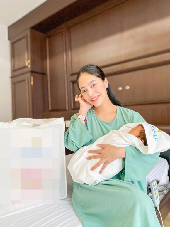 Ca nương Kiều Anh tiết lộ lí do giấu bầu và việc đặt tên con thứ hai là Tomyum