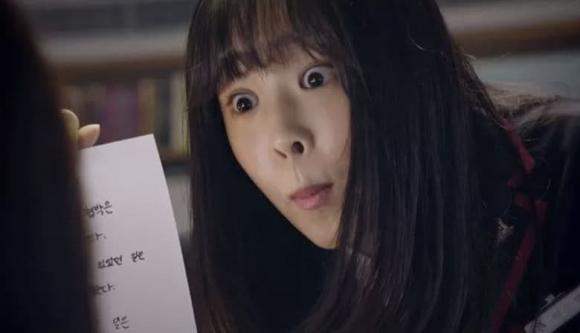 Choi Ye Bin khiến dân mạng tranh cãi với biểm cảm 'trăm lần như một' trong  phim mới