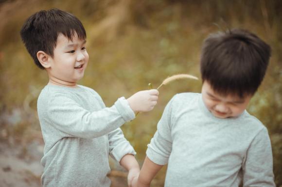 Baggio, khủng hoảng tuổi lên ba, cách đối phó khi trẻ khủng hoảng tuổi lên ba