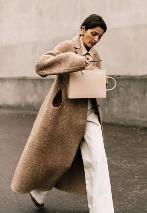 30 cách mix đồ cực đỉnh với áo khoác màu camel để toát lên vẻ đẹp ngọt ngào và thời thượng trong mùa đông lạnh